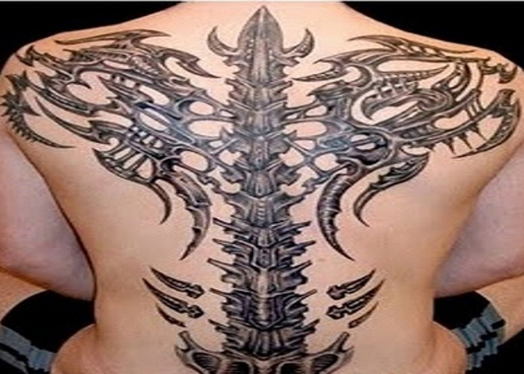 3D Back Bone Tribal Tattoos Designs For Men Pictures