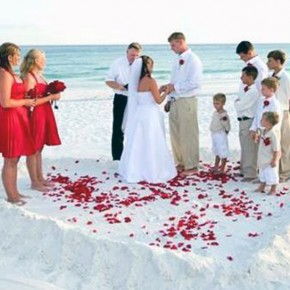 Beach Dress For Men In Wedding Pictures