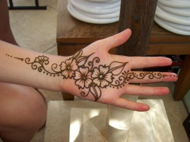 Beautiful Henna Tattoo For Palm Hand