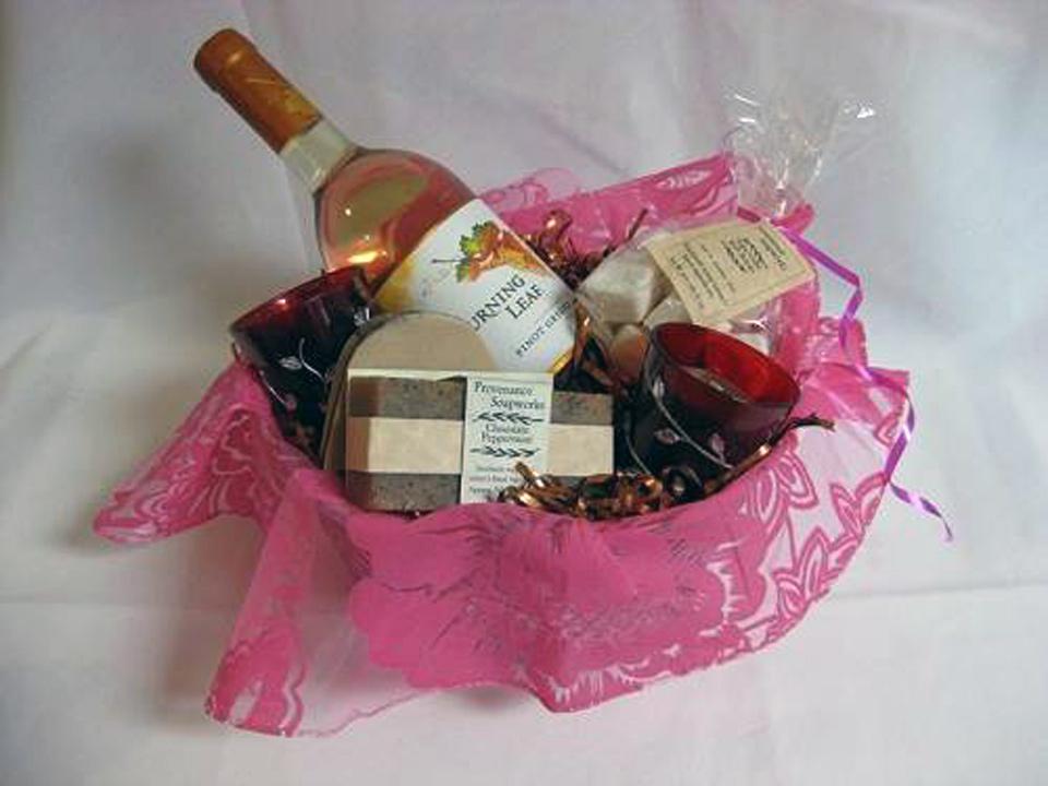 bridal shower gift basket ideas theme