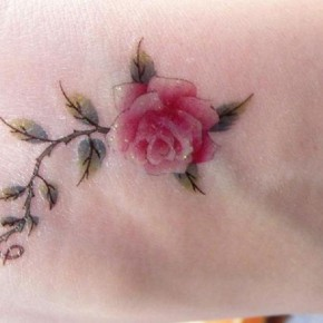 Cool Green Leaves And Red Rose Tattoo Ideas Pictures