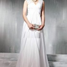 Elegant White Long Dresses With Straps Pictures