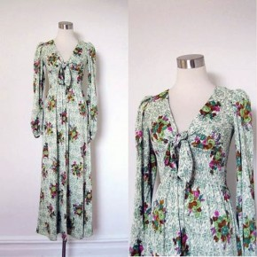 Floral Maxi Long Sleeved Dress Green Pictures