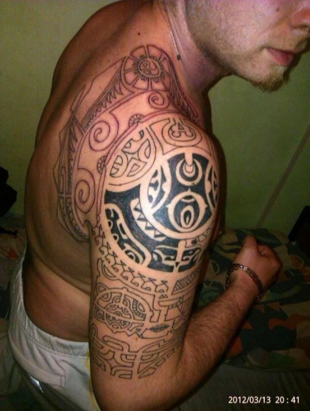 Good Looking Maori Tribal Arm Tattoo Inspiration