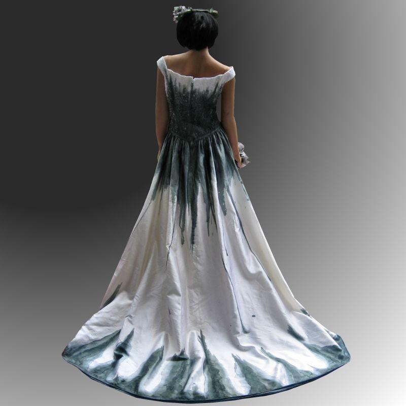 Gothic wedding dresses gothic wedding dress with for Wedding dresses gothic style