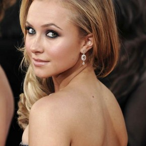 Hayden Panettiere Tattoo Quote On Back Pictures