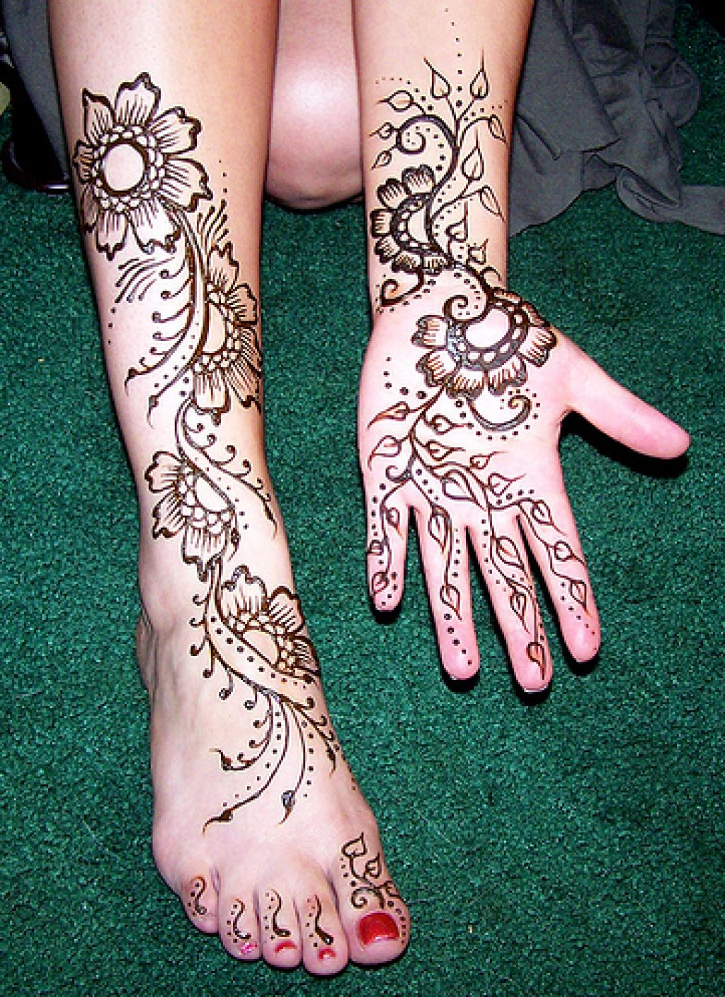 Henna On Clients Leg And Hand Inofashionstyle Com