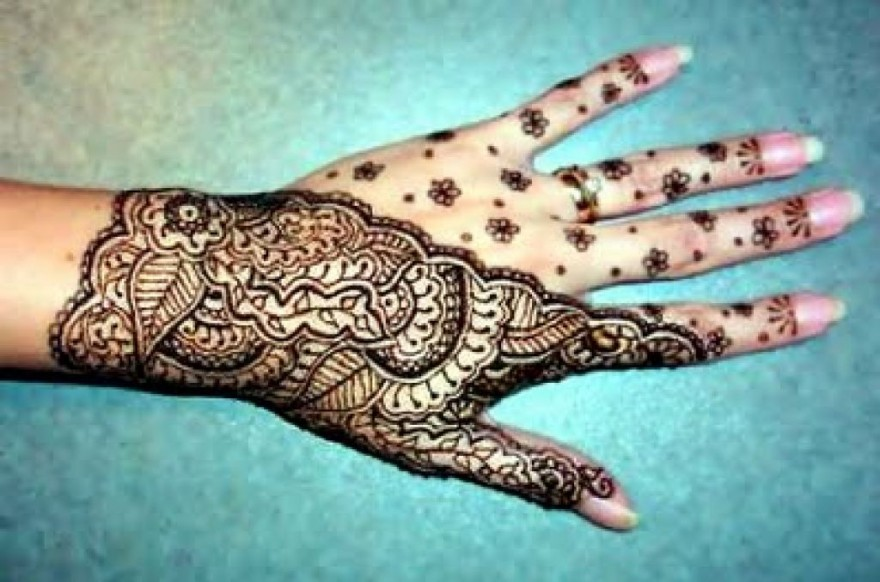 Ladies Hands Mehndi : Henna temporary tattoos for hand women pictures fashion
