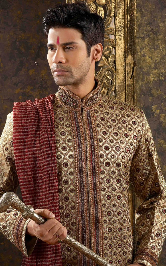 Indian Wedding Dresses, Indian Wedding Dress For Men : Buildlicious ...