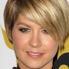 Short Hair With Heavy Bangs Ideas Pictures