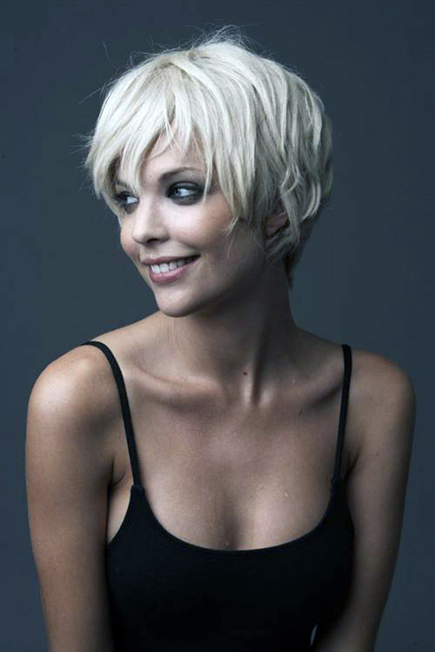 short hairstyles for women with round face pictures : fashion gallery