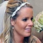 Simple Beach Wedding Hairstyles With Veil Pictures