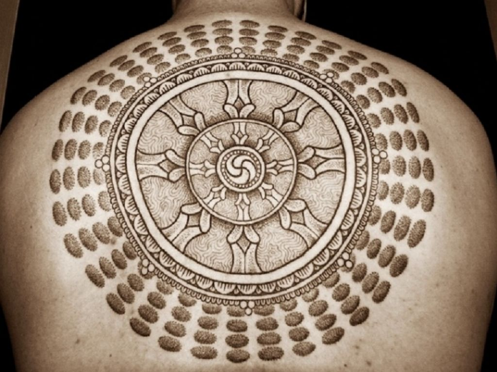 The Holy Circle Budhist Tattoo Design On Back Pictures