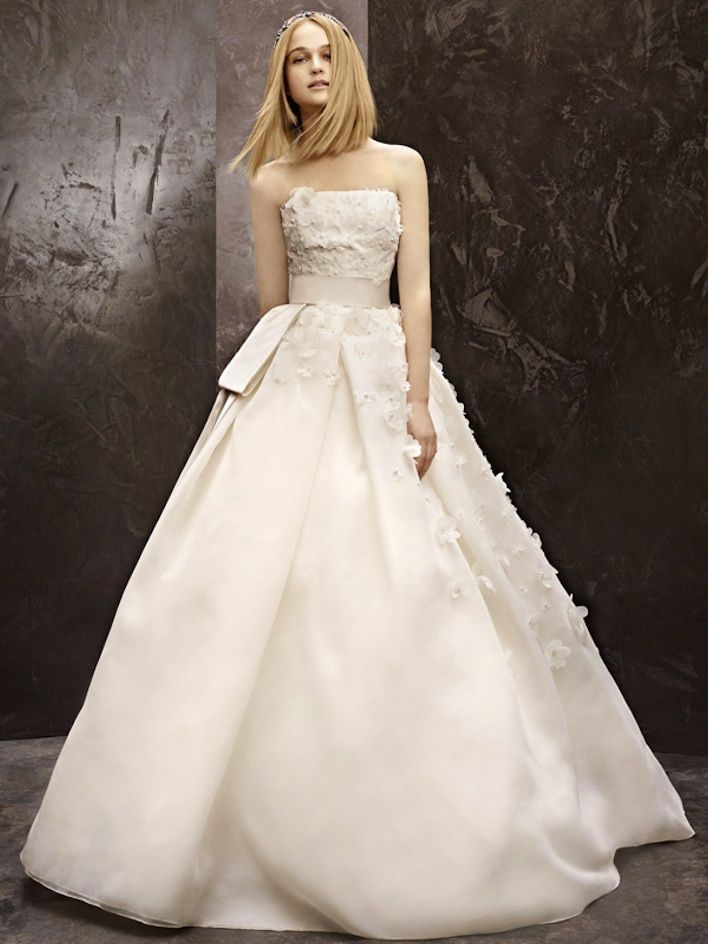 Vera wang wedding dress 7 stunning new wedding dresses from white if you are looking to update your look this vera wang wedding dress 7 stunning new wedding dresses from white by vera wang inspired for your needs junglespirit