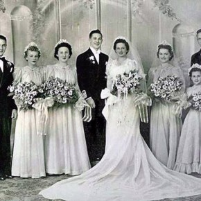Vintage Wedding Gowns With Sleeves Pictures