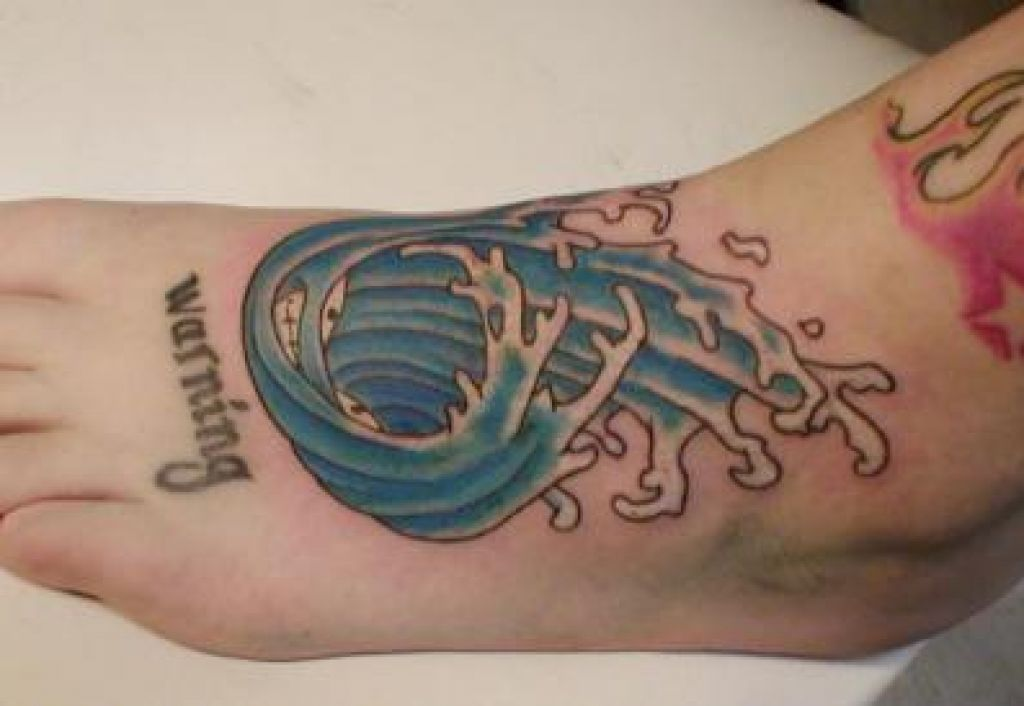 Water Tattoo Design On Legs Pictures