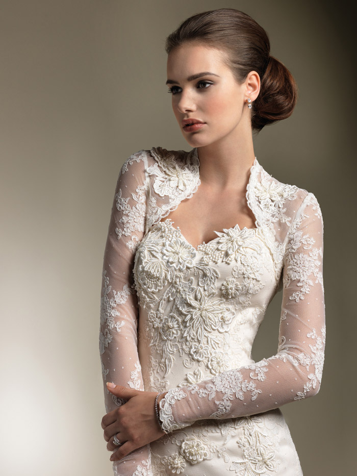 Wedding dresses with sleeves elegant lace sweetheart for Wedding dress long sleeve lace jacket