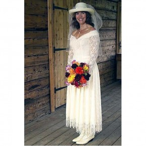 Western Wedding Dress For Women Pictures