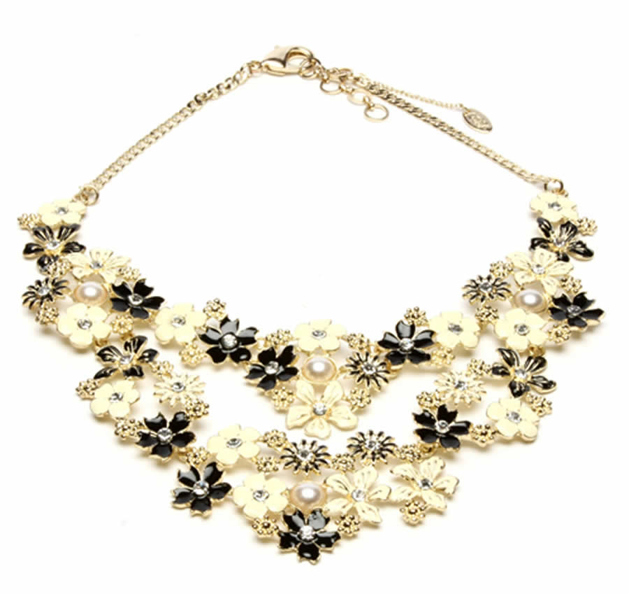 Women Fashion Accessories Classic And Elegant St Clara Necklace Design For Women Fashion