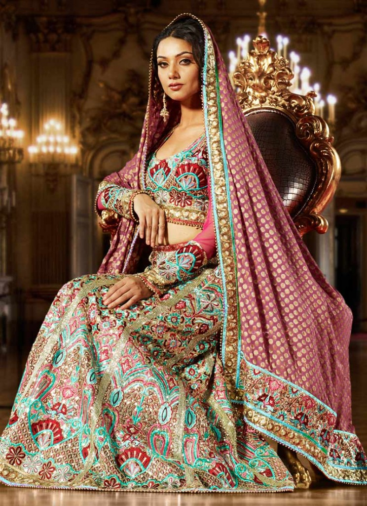 5 Best celebrity dresses in India | Buy For Home